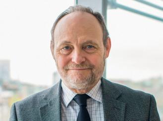 Dr. Michael Birrer headshot