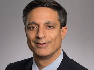 Dr. Sagar Lonial headshot