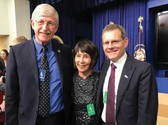 Photo of Dr. Francis S. Collins, Dr. Ellen V. Sigal, and ASCO CEO Dr. Clifford A. Hudis at the signing