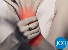 woman with carpal tunnel syndrome