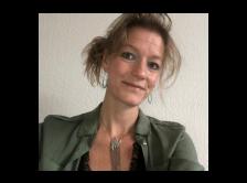Dr. Hilde Buiting headshot