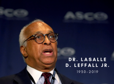 Dr. LaSalle D. Leffall Jr. speaks at a press briefing at the 2006 ASCO Annual Meeting.