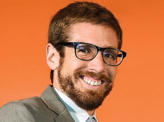 Dr. Enrique Soto headshot